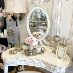 Filicia-mirrored-back-dressing-table-and-stool1