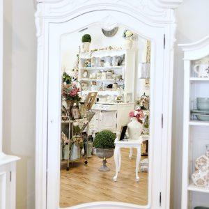 Avendano-armoire
