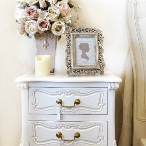 Vienne-bedside-table9